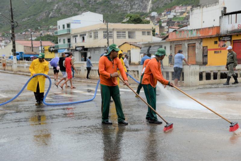 Prefeitura de Jacobina decreta situação de emergência e disponibiliza informações após fortes chuvas no município