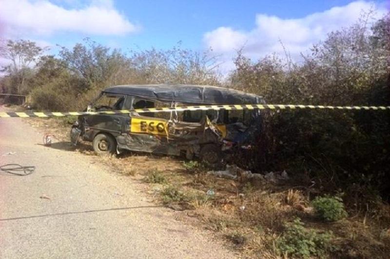 Acidente grave deixa duas vítimas fatais na BR-242