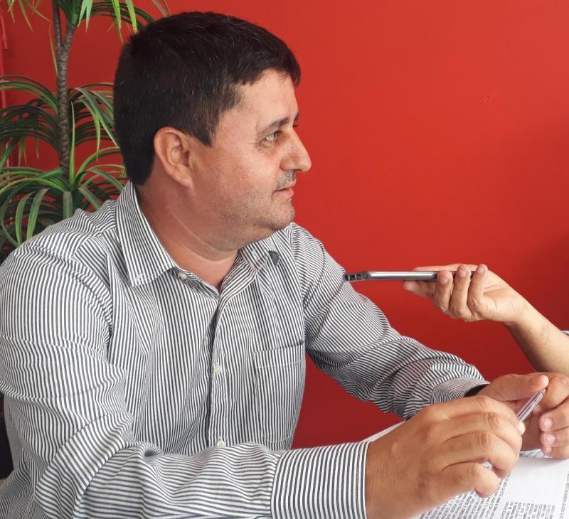 'Estão desesperados com as obras e conquistas voltadas ao nosso povo', diz prefeito de Barra da Estiva sobre denúncias de adversários