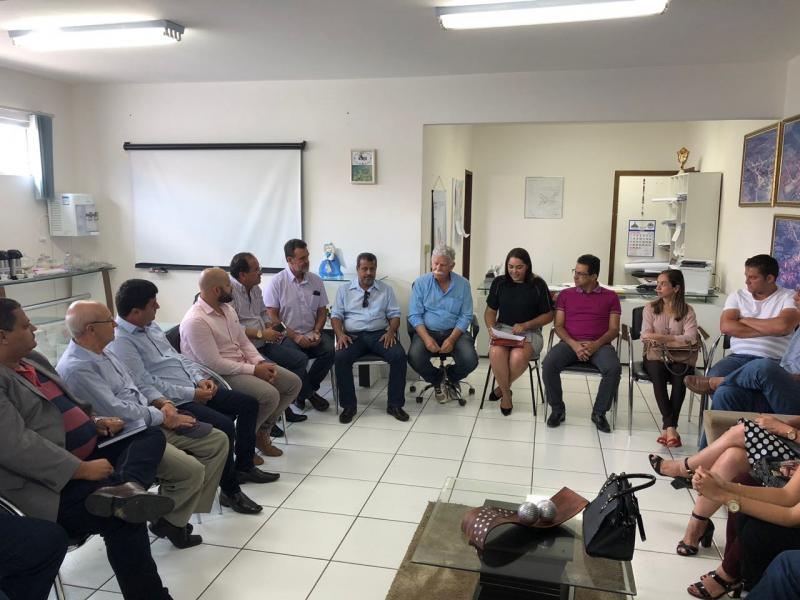 Gestores de municípios da Chapada votam favoráveis e Policlínica Regional será implantada em Brumado