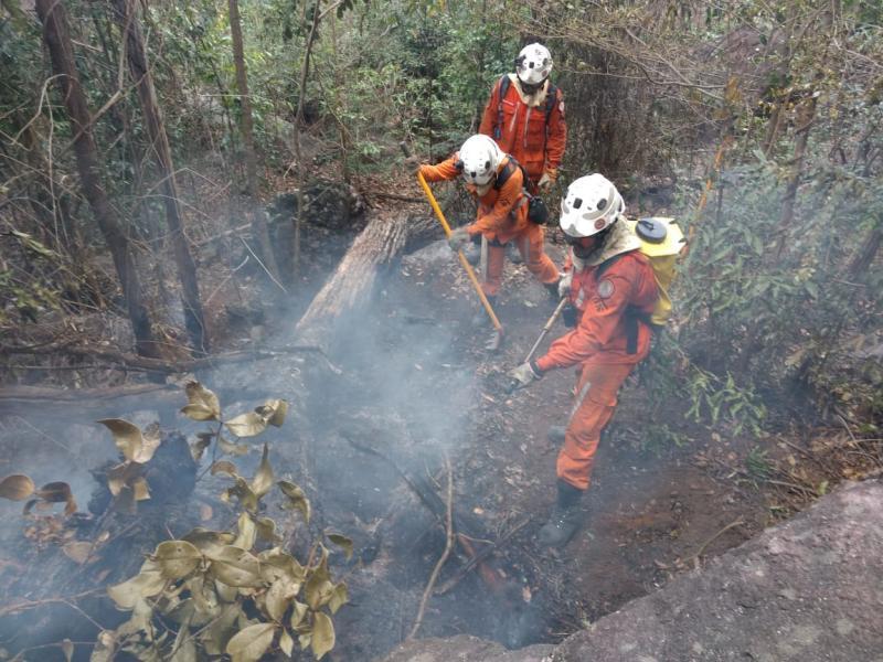 Corpo de Bombeiros da Bahia atualiza informações sobre incêndios em Rio de Contas