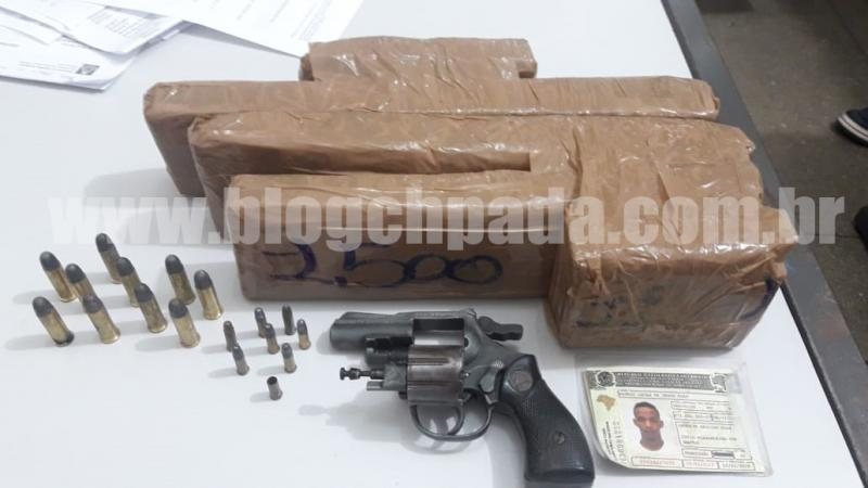 Ibicoara: Polícia apreende munições, arma e muita droga em Cascavel