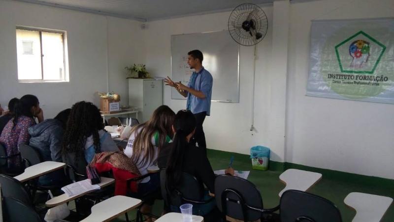 Curso Técnico de qualidade é no Instituto Formação; aproveite os valores promocionais do Pólo Mucugê
