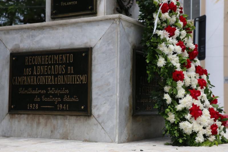 Cabo Macedo e outros três PMs mortos em serviço são homenageados pela corporação