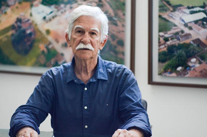 BRUMADO: PREFEITO EDUARDO VASCONCELOS SE PRONUNCIA SOBRE CASSAÇÃO DE MANDATO; CONFIRA O VÍDEO