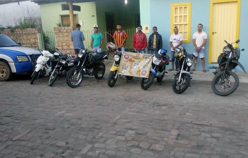 Cipe Chapada apreende motocicletas e detém condutores após competição irregular em Mucugê
