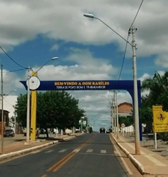 DOM BASÍLIO: HOMEM É ATINGINDO POR GOLPE DE FACÃO NO BAIRRO SANTA LUZIA