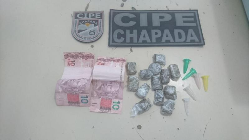 Mulher é presa por tráfico de drogas pela Cipe Chapada em Ruy Barbosa