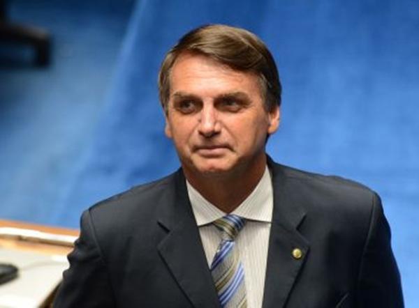 Ação pede que Bolsonaro seja obrigado a desbloquear seguidores nas redes sociais