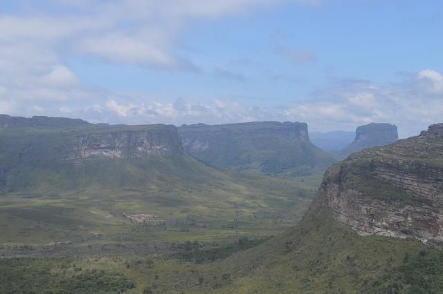 Ministério do Turismo disponibiliza imagens de 13 municípios baianos para uso grátis; entre elas estão Mucugê e Palmeiras