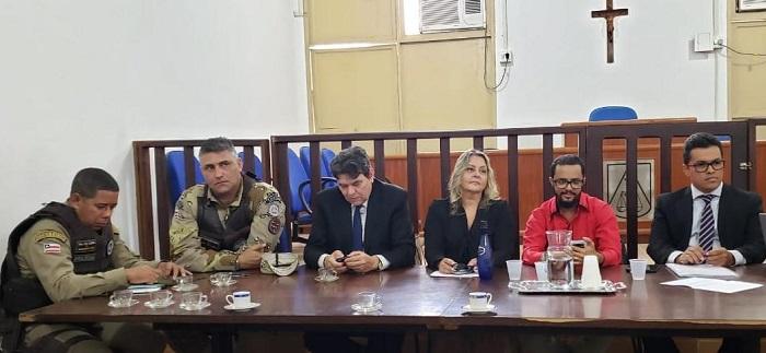 Audiência realizada em Barra da Estiva discute ações de segurança com autoridades e representantes do município