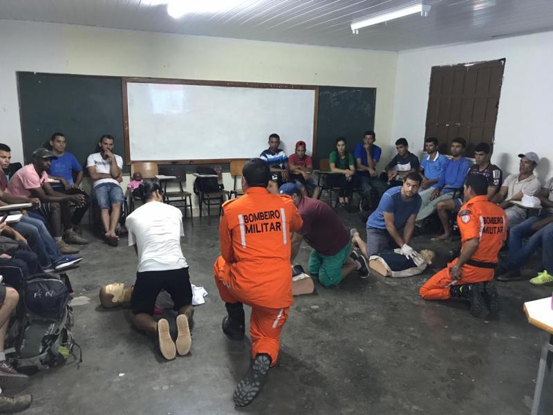 Corpo de Bombeiros realiza curso de primeiros socorros para Guias Turísticos em Ibicoara