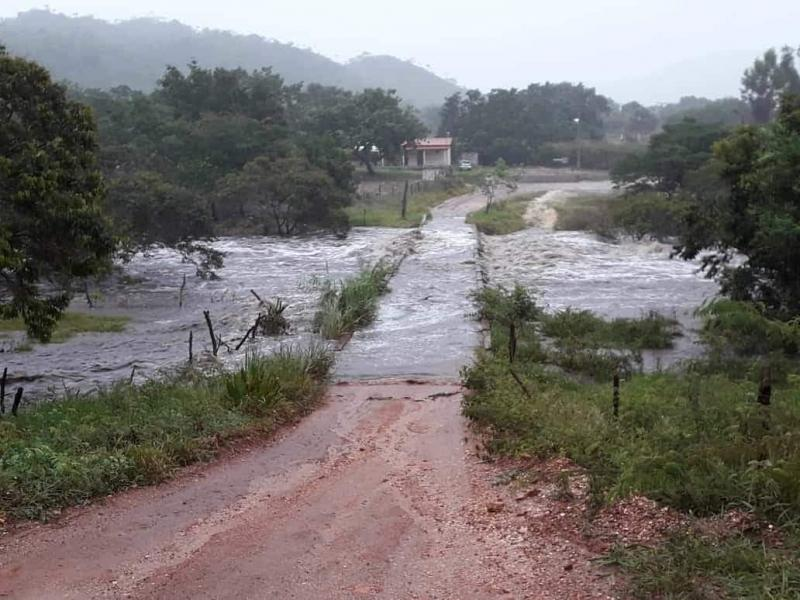 Muita chuva em Rio de Contas, Chapada Diamantina
