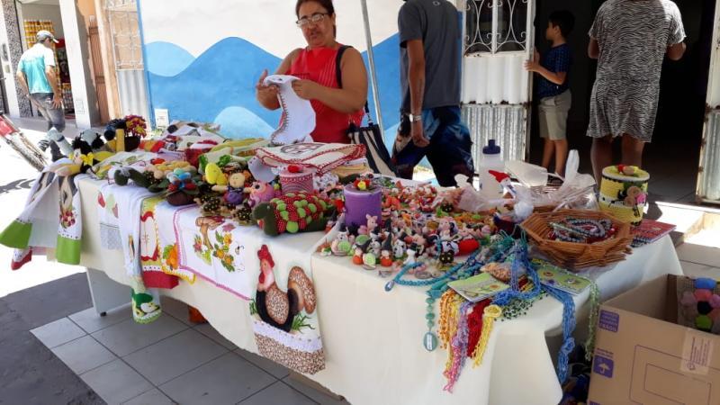 CAPS realiza feira de artesanato durante a semana em Barra da Estiva