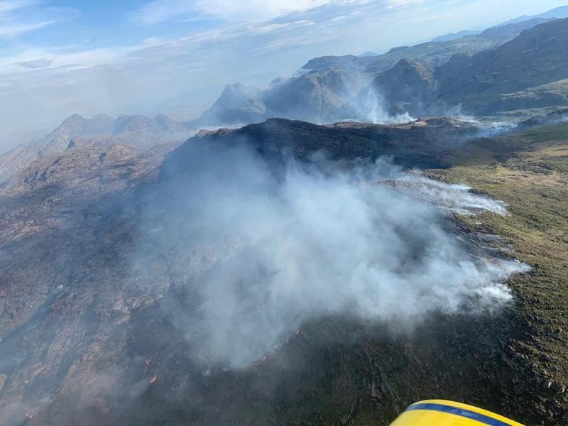 Incêndio volta a atingir área de vegetação em Rio de Contas, na Chapada Diamantina
